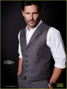 joe_manganiello_suit